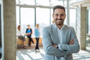 Angestellte-befrsteter-Arbeitsvertrag-kredit-einfach-digital-kostenlos-unverbindlich-darlehen-günstig-kreditservice-vergleichen-finanzierung-immobilienfinanzierung-ddk-düsseldorf